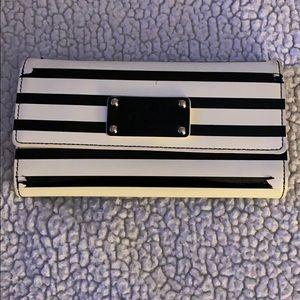 Kate Spade Striped Wallet ♠️